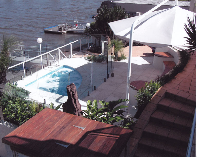 Plunge pools gold coast burleigh pools for Pool design gold coast